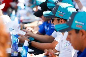 Ahmed Bin Khanen, Saudi Racing, alla sessione autografi