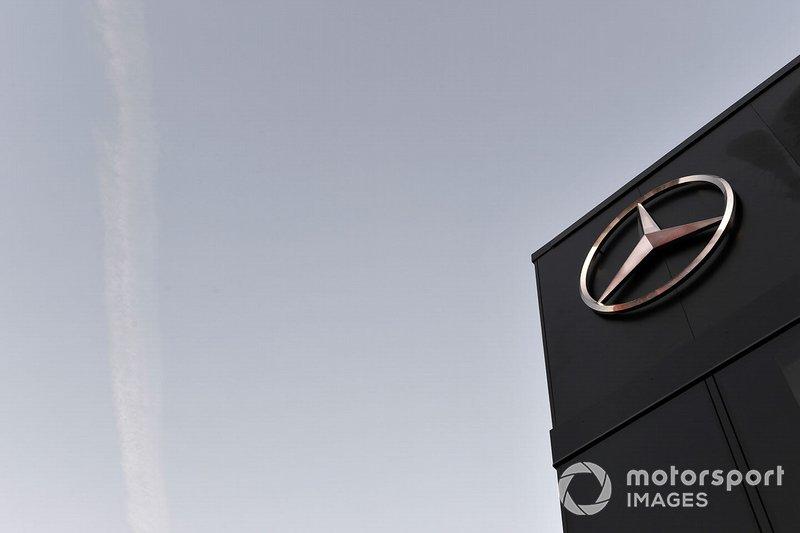 Logo Mercedes-AMG F1