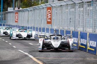 Jose Maria Lopez, Dragon Racing, Penske EV-3, Oliver Turvey, NIO Formula E Team, NIO Sport 004