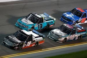 Harrison Burton, Kyle Busch Motorsports, Toyota Tundra Safelite AutoGlass, Johnny Sauter, ThorSport Racing, Ford F-150