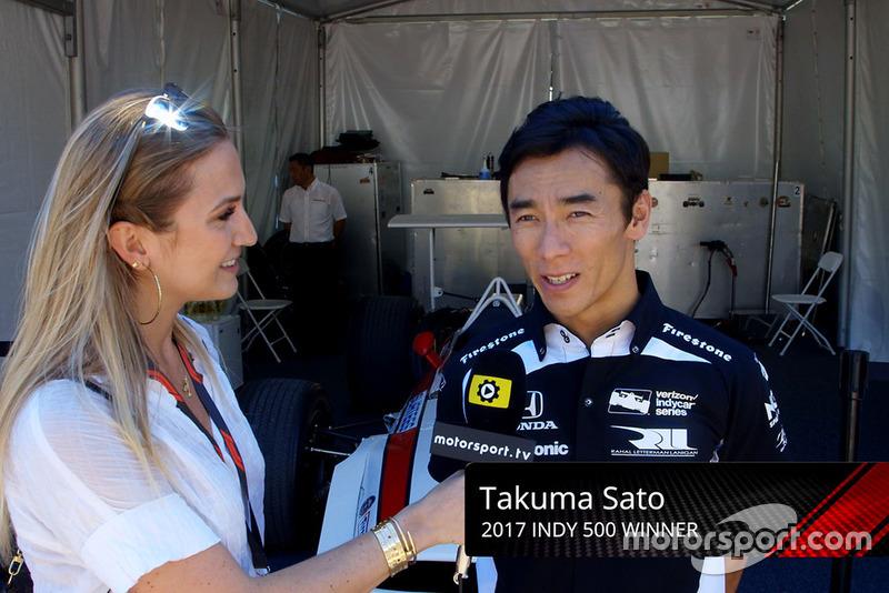Takuma Sato, Honda con Julia Piquet