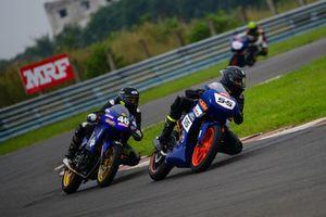 Amarnath Menon, Gusto Racing leads Peddu Sri Harsha, Sparks Racing.jpg