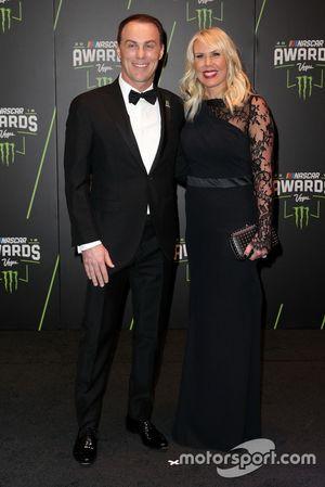 Kevin Harvick, Stewart-Haas Racing y su esposa DeLana