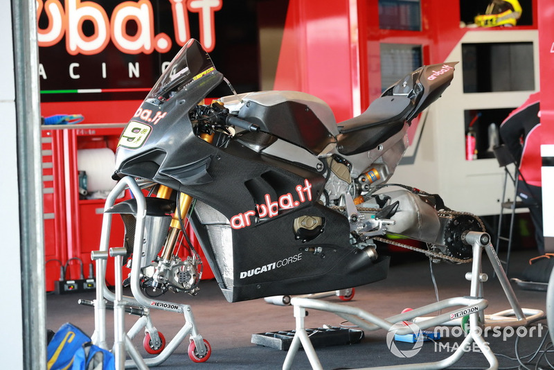 Bike of Chaz Davies, Aruba.it Racing-Ducati SBK Team