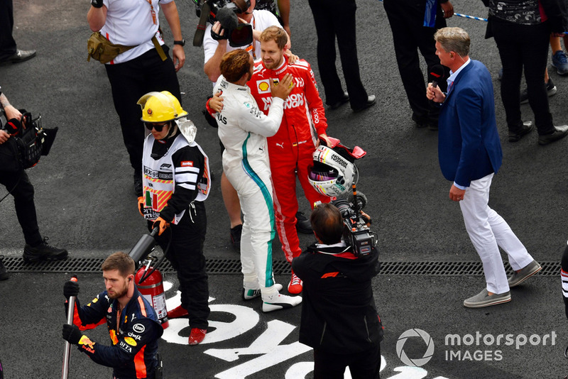 Vettel acabaría el mundial 2º, con 320 puntos