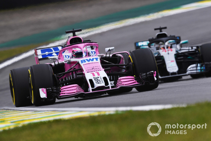Sergio Perez, Racing Point Force India VJM11, Lewis Hamilton, Mercedes AMG F1 W09 EQ Power+