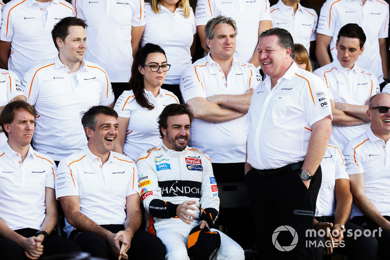Fernando Alonso, McLaren, and Zak Brown, Executive Director, McLaren Racing, join the McLaren team for a photo call