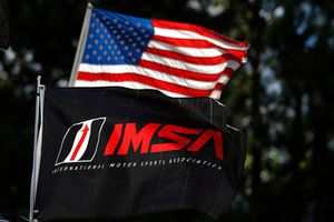 Flaggen: USA, IMSA