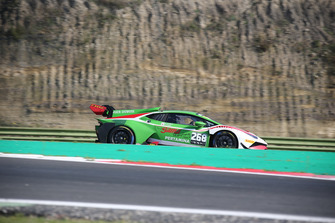 Lamborghini Huracan Super Trofeo Evo #268, Gama Racing: Evan Chen, Akihiro Asai