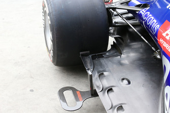Detalle del piso del Scuderia Toro Rosso STR13