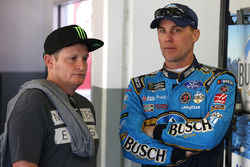 Kevin Harvick, Stewart-Haas Racing Ford, Ricky Carmichael