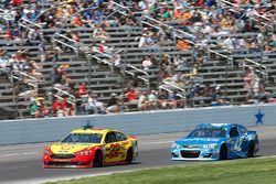 Joey Logano, Team Penske Ford Kyle Larson, Chip Ganassi Racing Chevrolet