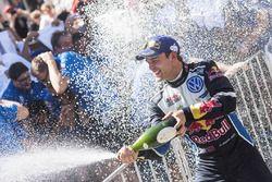Le vainqueur Andreas Mikkelsen, Volkswagen Polo WRC, Volkswagen Motorsport