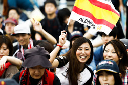 Support for Fernando Alonso, McLaren