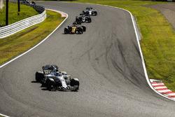 Felipe Massa, Williams FW40, Nico Hulkenberg, Renault Sport F1 Team RS17, Kevin Magnussen, Haas F1 Team VF-17