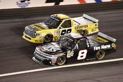 John Hunter Nemechek, NEMCO Motorsports Chevrolet, Grant Enfinger, ThorSport Racing Toyota
