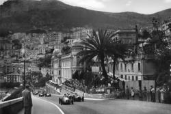 Rennstart: Jose Froilan Gonzalez, Maserati 4CLT/48; Luigi Villoresi, Ferrari 125