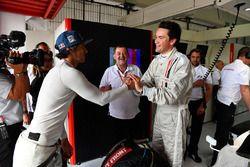 Patrick Friesacher, experiencia F1 Coche de 2 plazas Thomas Senecal, Presentador de Canal +