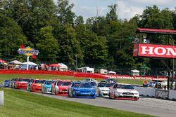 Start: Sam Hornish Jr., Team Penske Ford, Elliott Sadler, JR Motorsports Chevrolet