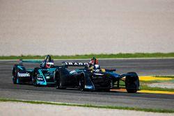 Jérôme D'Ambrosio, Dragon Racing devant Mitch Evans, Panasonic Jaguar Racing