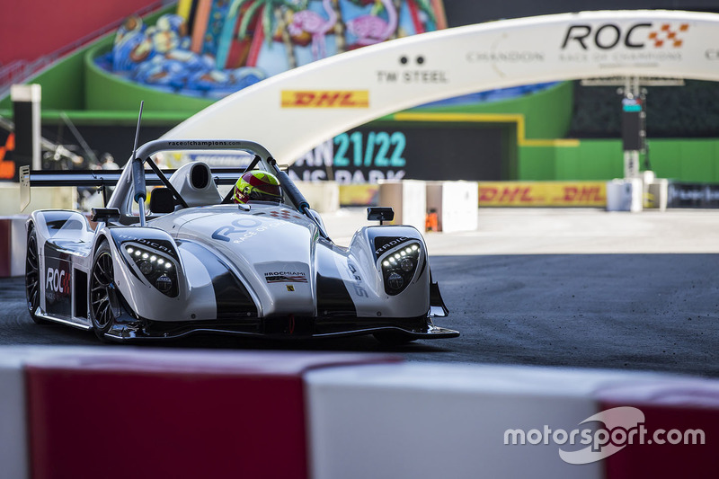 Gabby Chaves driving the Radical SR3 RSX