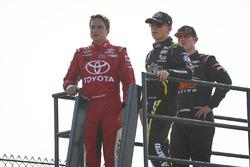 Christopher Bell, Kyle Busch Motorsports Toyota, John Hunter Nemechek, SWM-NEMCO Motorsports Chevrol