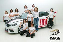 TOSFED Yönetim Kurulu Üyesi Nisa Ersoy ve Kadın Yarışçılar