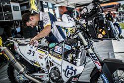 Механики Пьера-Александра Рене: #31 Husqvarna Factory Racing
