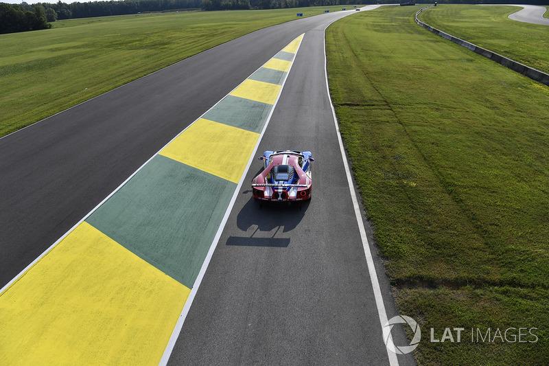 6. #67 Ford Performance Chip Ganassi Racing Ford GT: Ryan Briscoe, Richard Westbrook