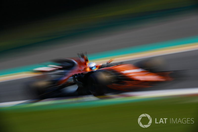 Fernando Alonso irritated with the team radio