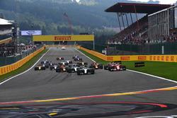 Start des Rennens: Lewis Hamilton, Mercedes-Benz F1 W08