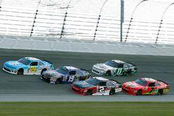 Daniel Hemric, Richard Childress Racing Chevrolet, Matt Tifft, Joe Gibbs Racing Toyota, Austin Dillo