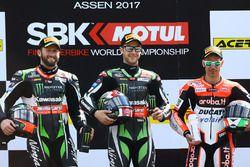 Podium: winner Jonathan Rea, Kawasaki Racing, second place Tom Sykes, Kawasaki Racing, third place Marco Melandri, Ducati Team