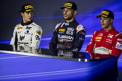 المركز الثاني سيرجيو سيتي كامارا، ام.بي موتورسبورت، الفائز بالسباق لوكا غيوتو، راشن تايم، المركز الث