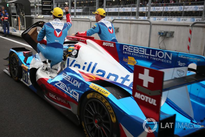Ganadores P2 #31 Vaillante Rebellion Racing Oreca 07 Gibson: Julien Canal, Bruno Senna, Nicolas Prost