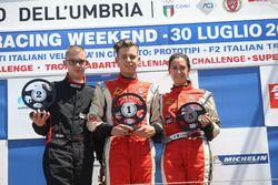 Podio radical Gara 1: al primo posto Simone Patrinicola; al secondo posto Gennaro Di Somma; al terzo