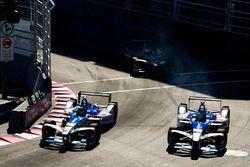 Robin Frijns, Amlin Andretti Formula E Team, leads Antonio Felix da Costa, Amlin Andretti Formula E