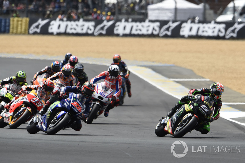 Johann Zarco, Monster Yamaha Tech 3 overtakes Maverick Viñales, Yamaha Factory Racing