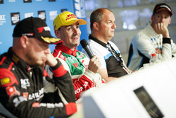 Press Conference, Rob Huff, All-Inkl Motorsport, Citroën C-Elysée WTCC, Norbert Michelisz, Honda Rac