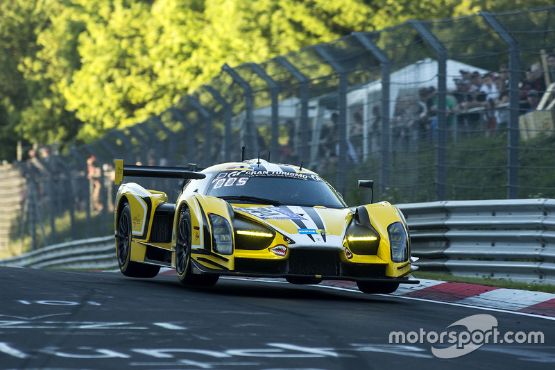 №704 Traum Motorsport, SCG SCG003C