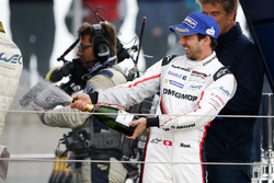 Podio: Neel Jani, Porsche Team