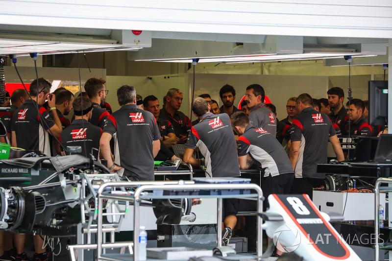 Haas F1 Team, Mechaniker,Guenther Steiner, Teamchef, Haas F1 Team