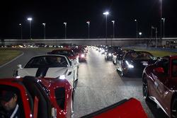 Autos en el desfile de Ferrari