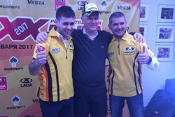 Vladimir Sheshenin, Nicolas Moore e Kirill Ladygin alla presentazione della LADA Sport TCR