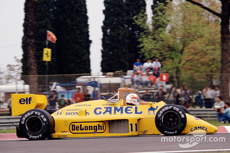 #11: Satoru Nakajima, Team Lotus, Honda 99T