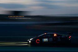 #77 GDL Racing Team Asia Lamborghini Huracan Super Trofeo: Lim Keong Liam, Nigel Farmer, Bruce Lee,