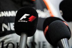 F1 Microphone and Sergio Perez, Sahara Force India F1