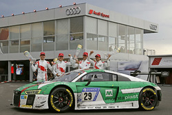 Winnaars #29 Audi Sport Team Land-Motorsport, Audi R8 LMS: Christopher Mies, Connor De Phillippi, Ma