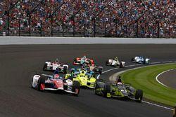 Charlie Kimball, Chip Ganassi Racing Honda, Carlos Munoz, A.J. Foyt Enterprises Chevrolet
