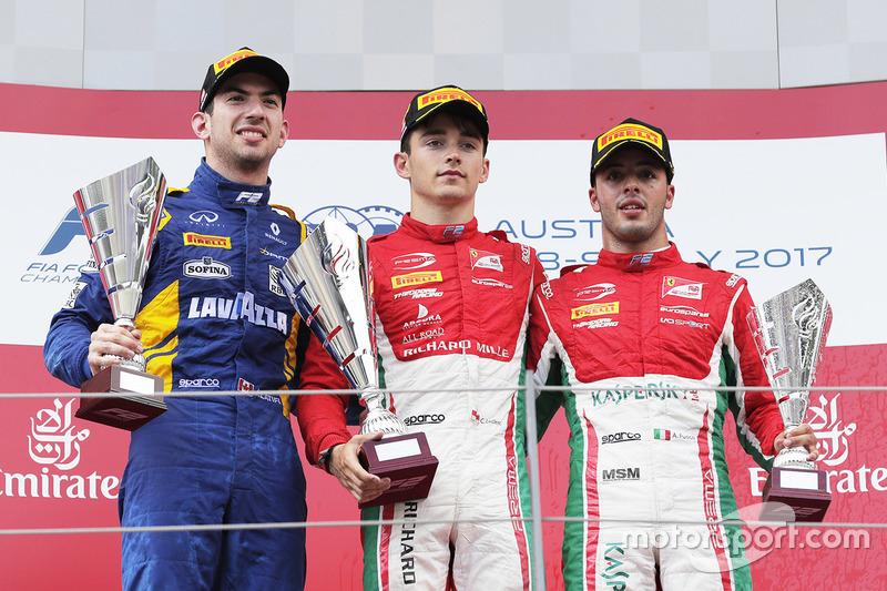 Podium : le vainqueur Charles Leclerc, PREMA Powerteam, le deuxième Nicholas Latifi, DAMS, le troisième Antonio Fuoco, PREMA Powerteam
